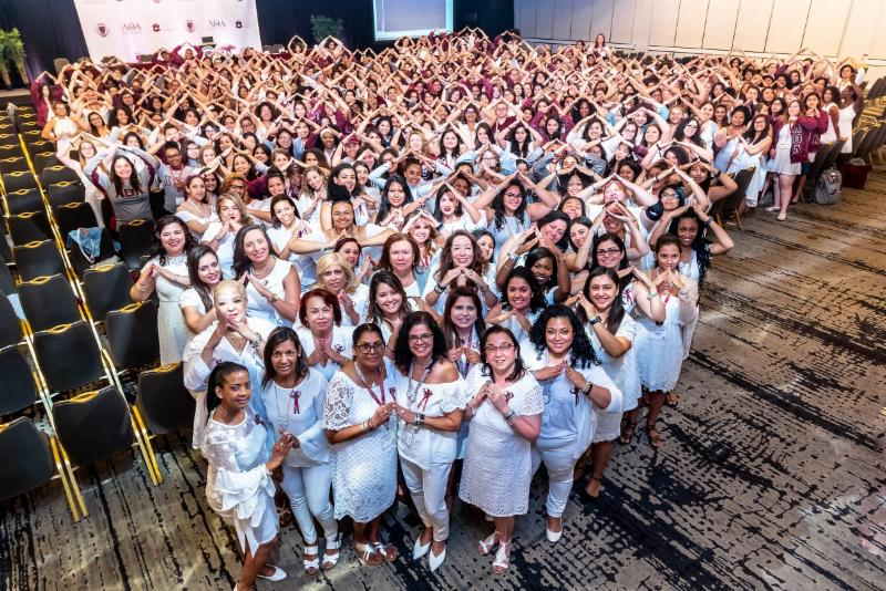 LTA Sisterhood Group Shot Miami 2018-2 REV